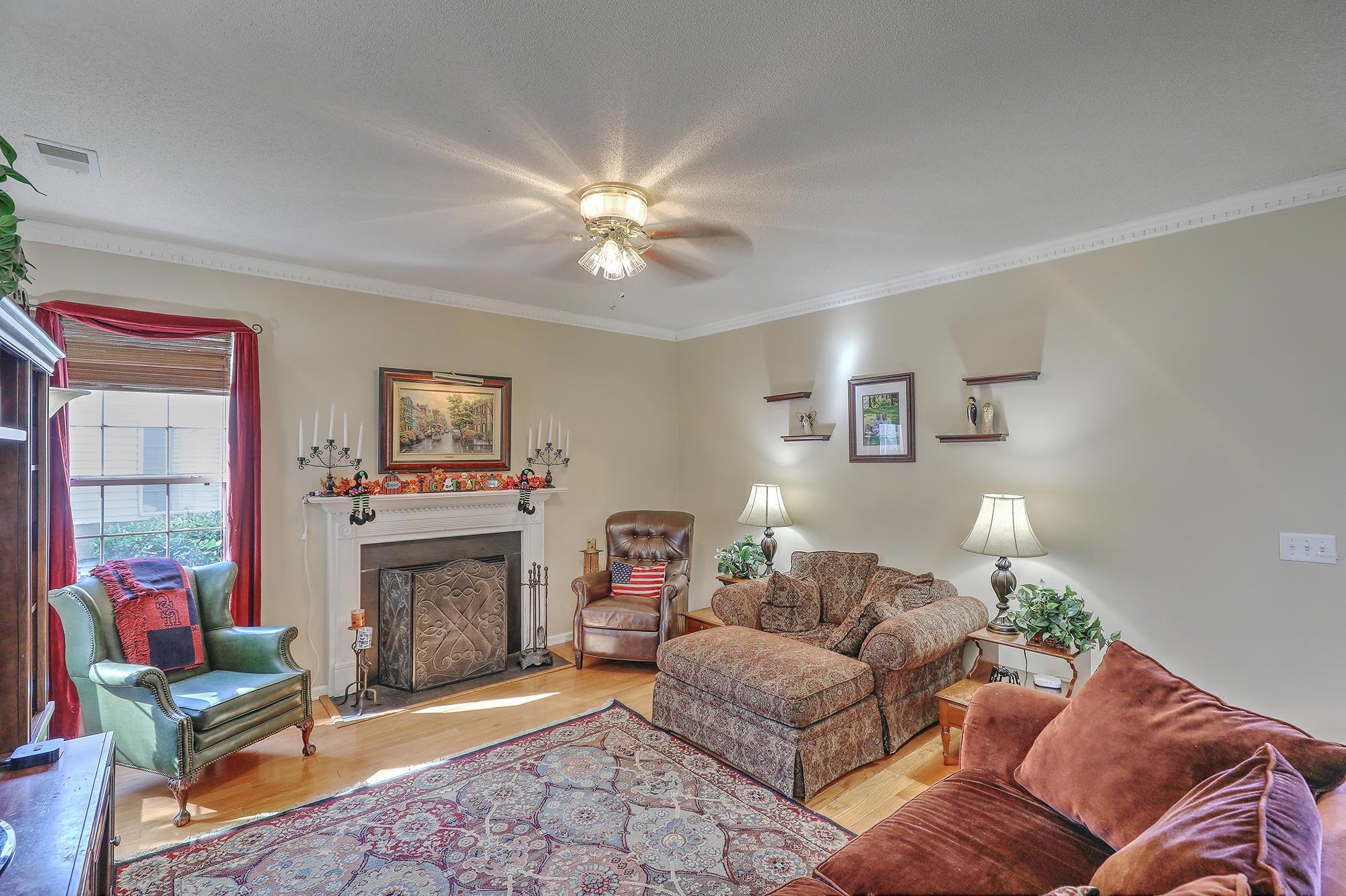 369  Antebellum Lane Mount Pleasant, SC 29464
