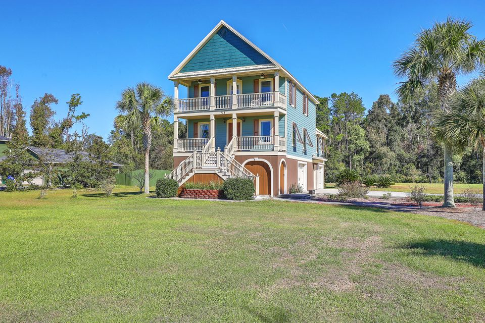 725  Sonny Boy Lane Johns Island, SC 29455