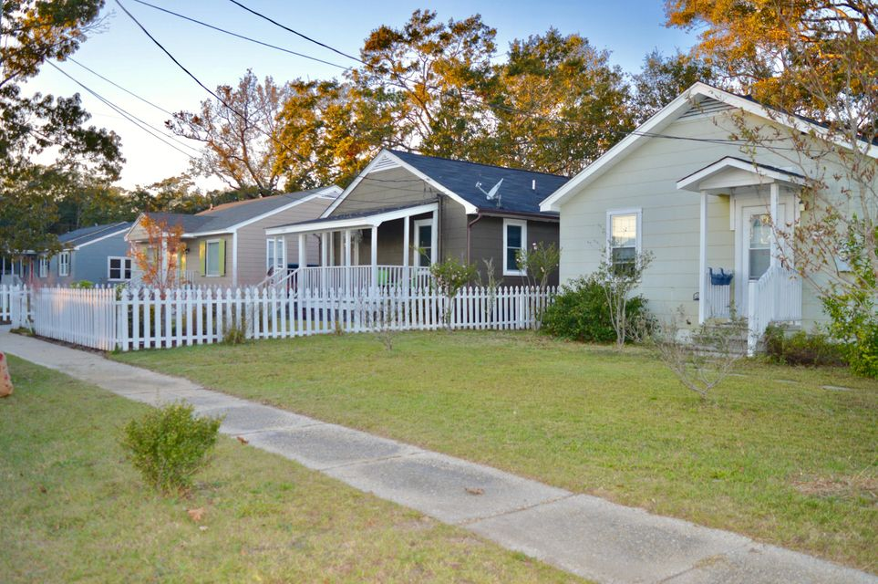 4951 Chateau Avenue North Charleston, SC 29405