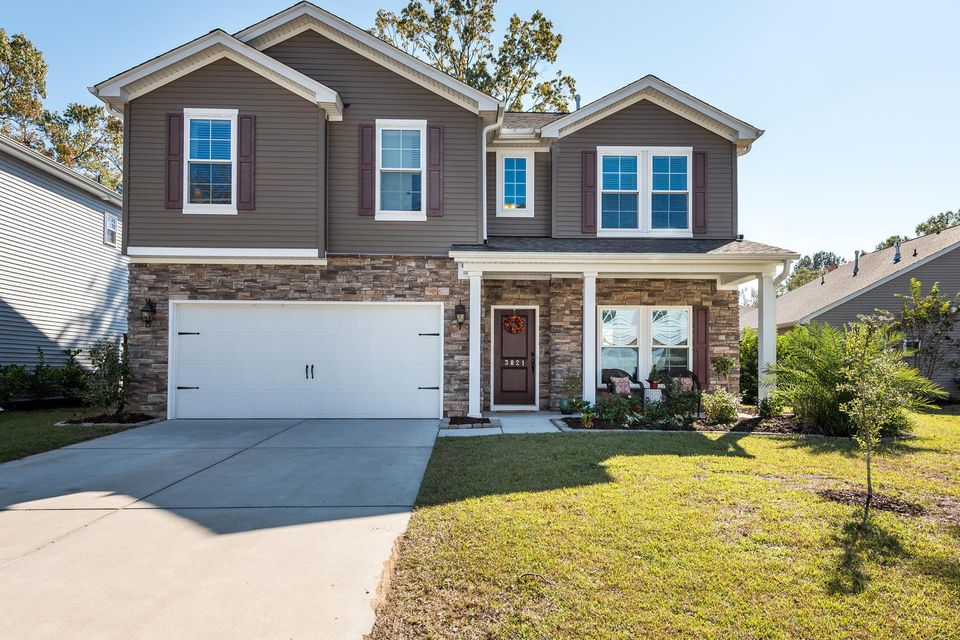 3821  Hanoverian Drive Mount Pleasant, SC 29466