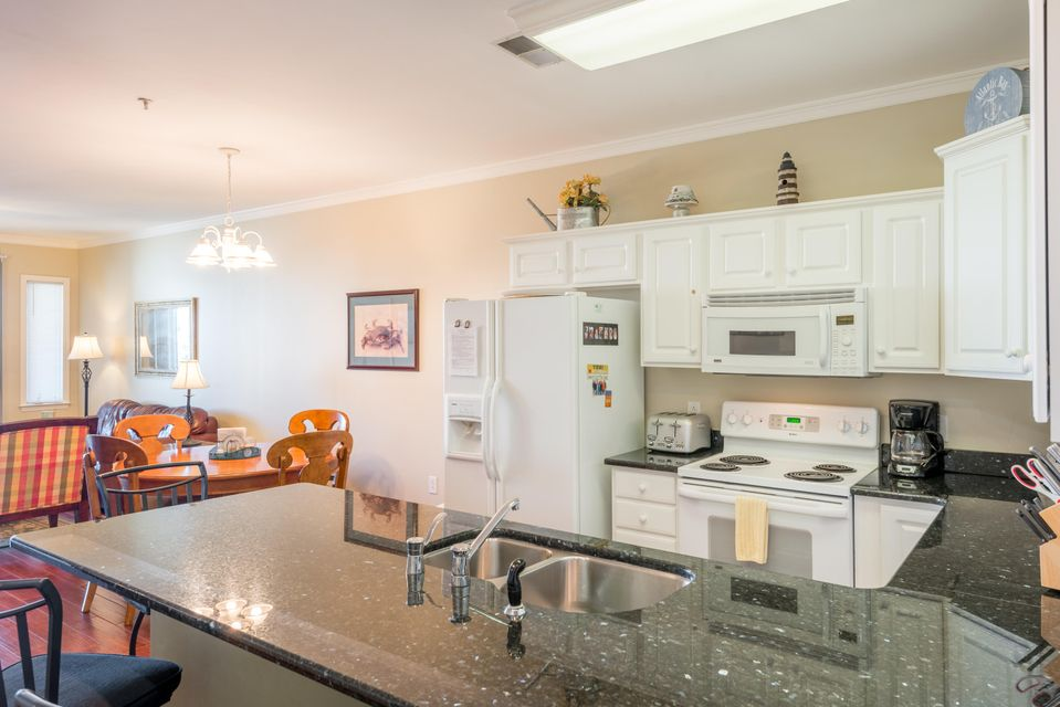 117 W Ashley Avenue Folly Beach, SC 29439