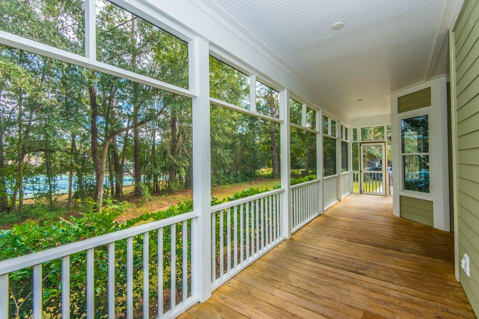 727  Angus Court Mount Pleasant, SC 29464