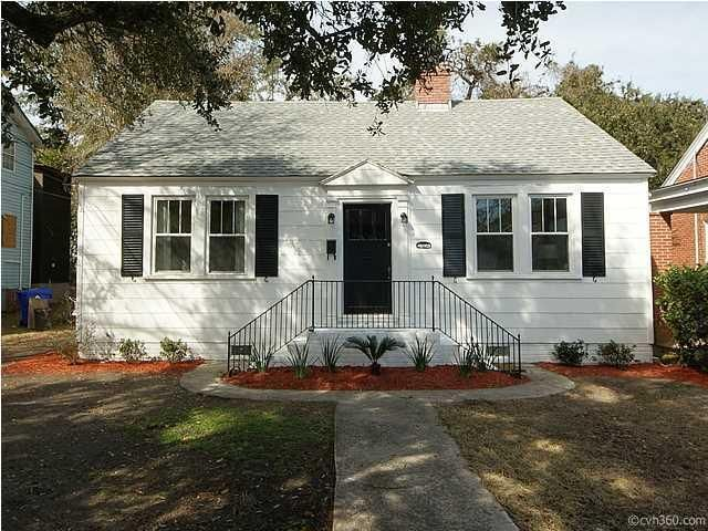 2306  Sunnyside Avenue Charleston, SC 29403