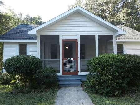 1621  Poinsettia Road Charleston, SC 29407