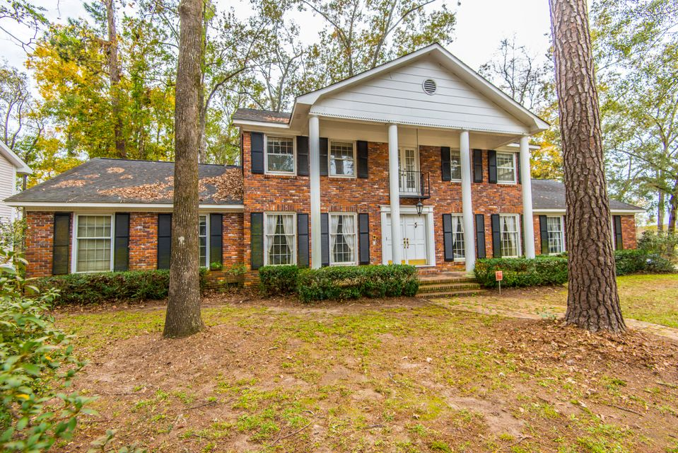 400  Lakeview Drive Summerville, SC 29485