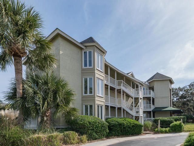 104  Port Ocall Drive Isle Of Palms, SC 29451