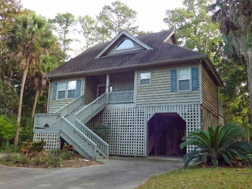 24  Rice Lane Edisto Beach, SC 29438