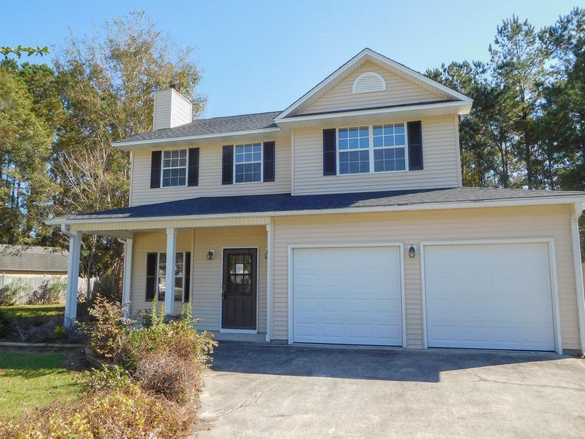130  Blackwalnut Drive Summerville, SC 29486