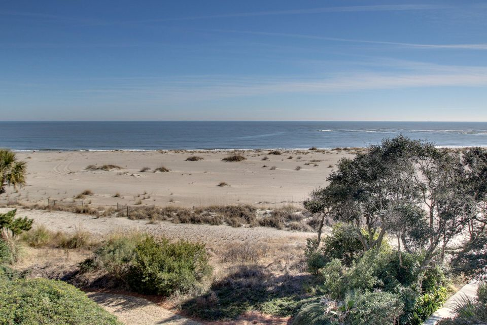 321  Shipwatch Villa Isle Of Palms, SC 29451