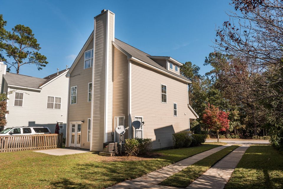 1825 Hubbell Drive Mount Pleasant, SC 29466