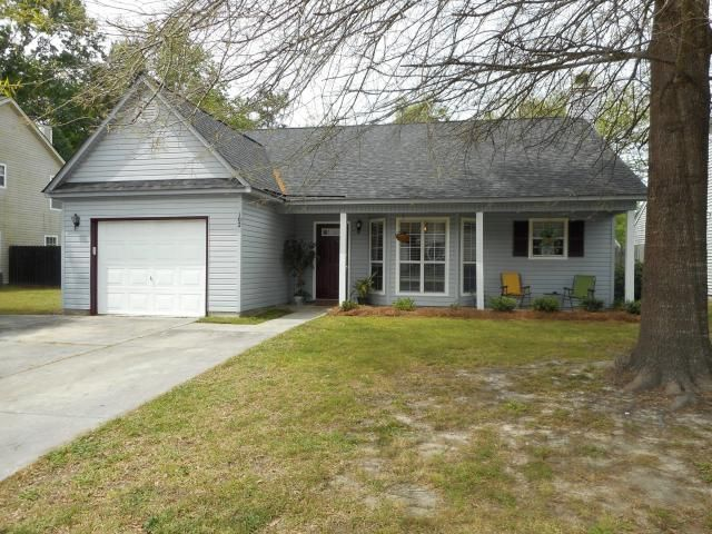 102 Brighton Lane Summerville, SC 29485