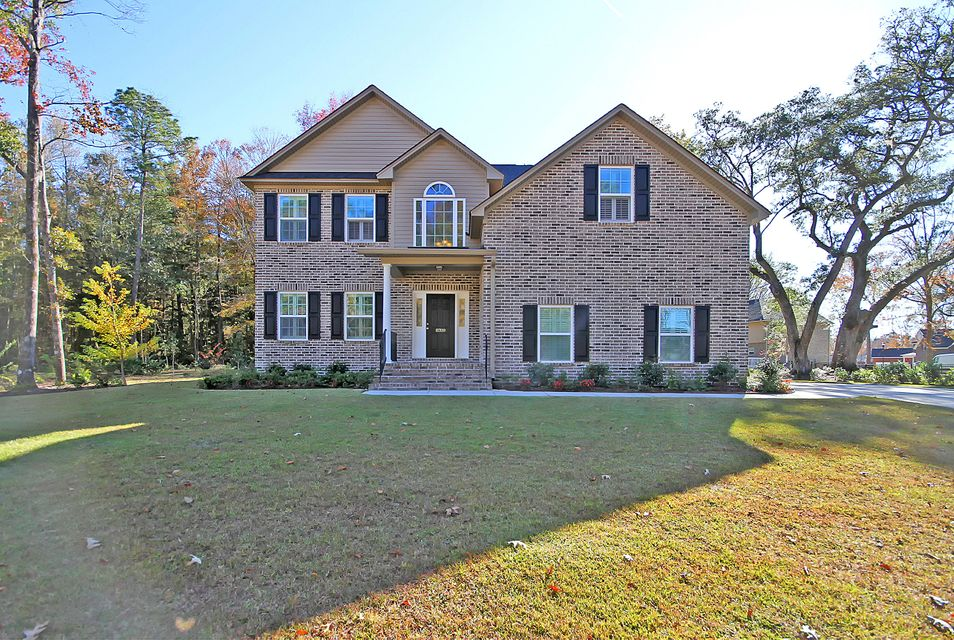 8709  Dover Creek Street North Charleston, SC 29420