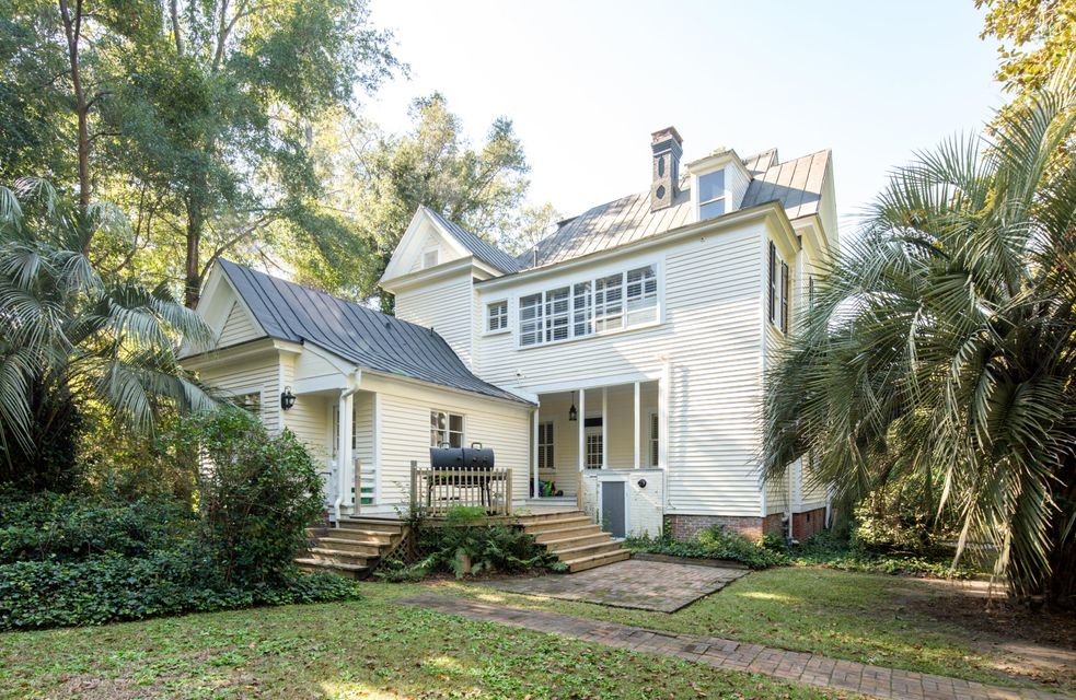 217 Sumter Avenue Summerville, SC 29483