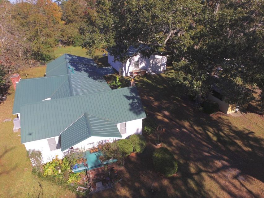 2256  Woodland Shores Road Charleston, SC 29412