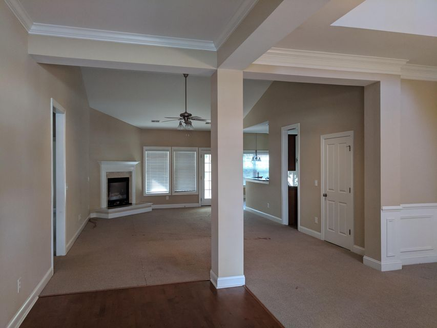 8571  Royal Palm Lane North Charleston, SC 29420
