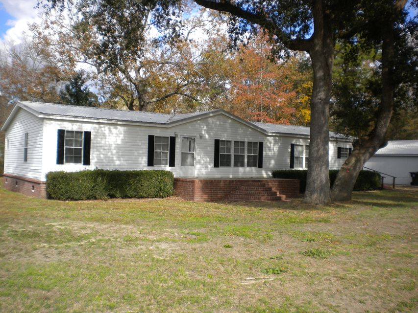 110  Gallashaw Road Summerville, SC 29483
