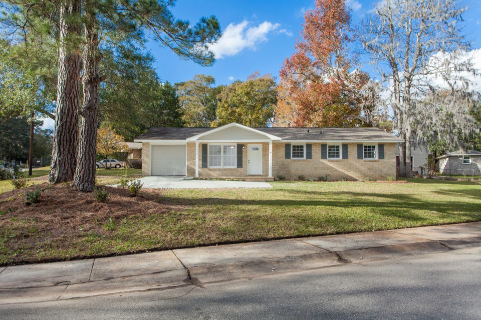 7640  Cherrywood Drive North Charleston, SC 29418