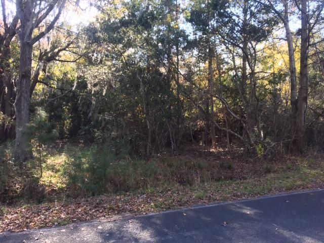 7629  White Point Rd Hollywood, SC 29449