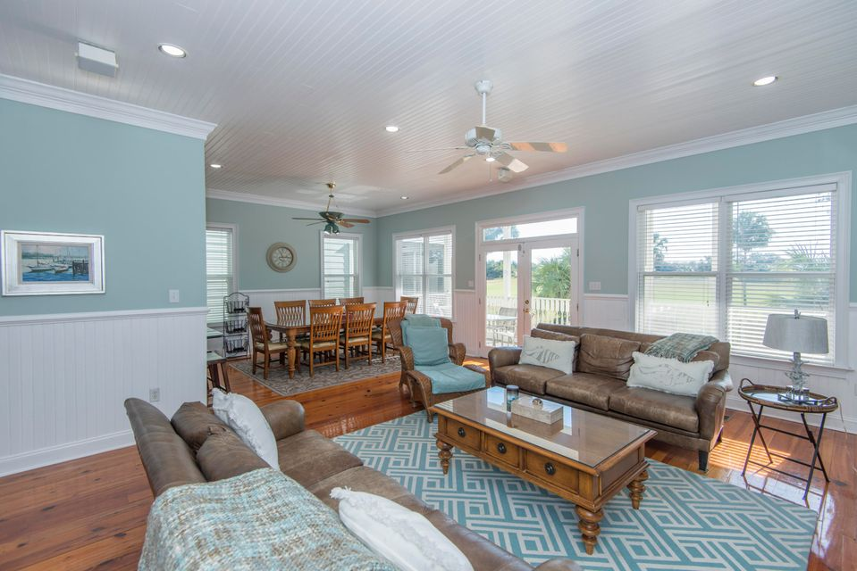 18  Yacht Harbor Court Isle Of Palms, SC 29451