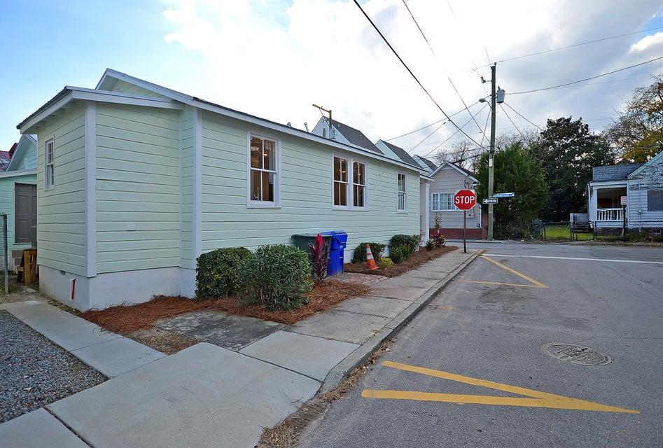 10  Maranda Holmes Street Charleston, SC 29403