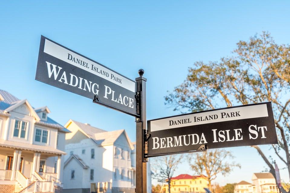 626 Bermuda Isle Street Daniel Island, SC 29492