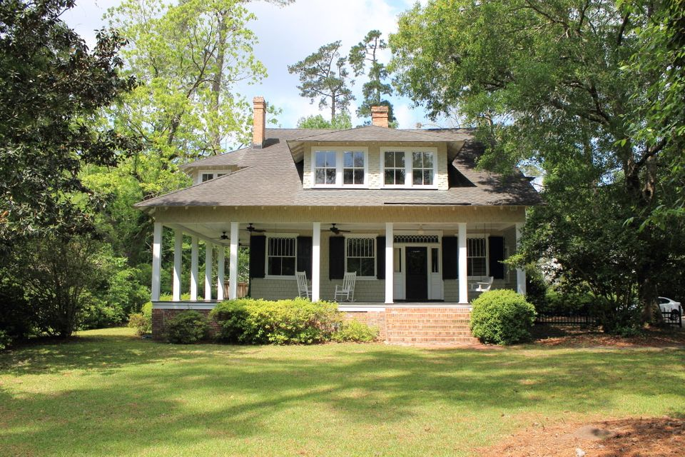 304 S Laurel Street Summerville, SC 29483