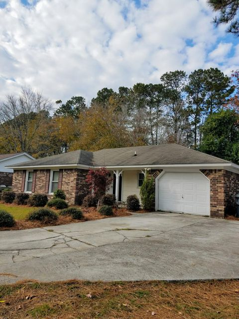 112 Village Green Circle Summerville, SC 29483