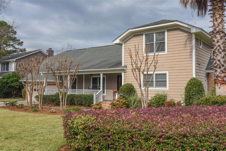 2  Avon Court Charleston, SC 29407