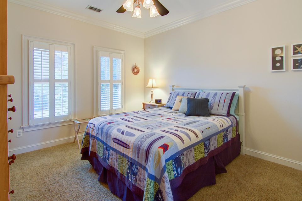 1606 Teal Marsh Road Charleston, SC 29412
