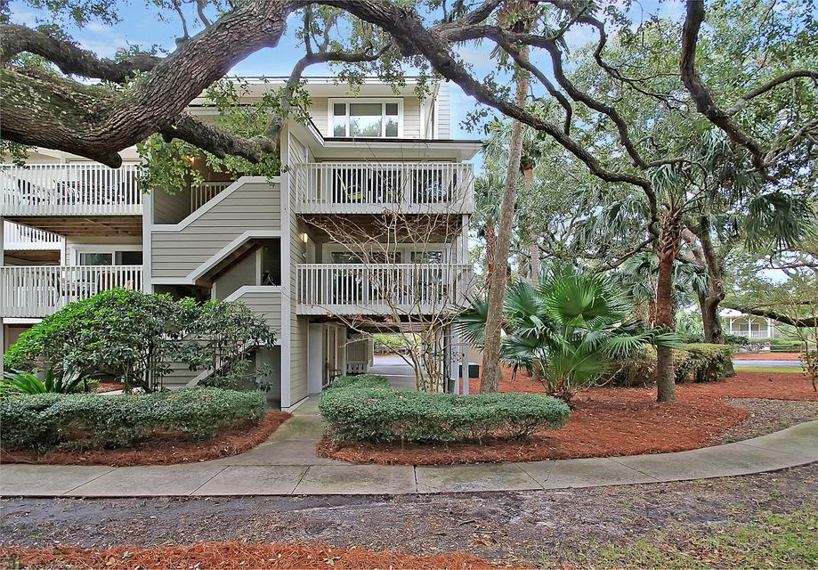 6  Seagrove Lane Isle Of Palms, SC 29451