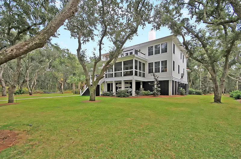 554  Parrot Point Drive Charleston, SC 29412