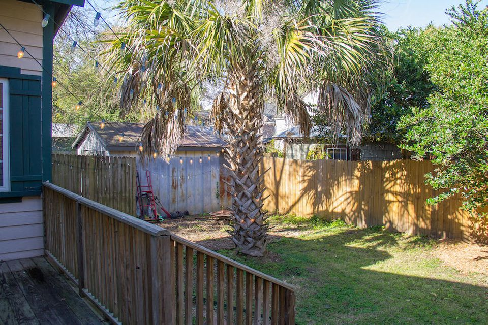 16  Dunnemann Avenue Charleston, SC 29403