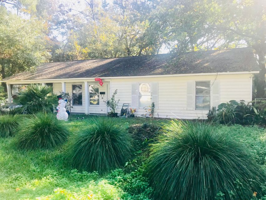 303  Live Oak Avenue Charleston, SC 29407