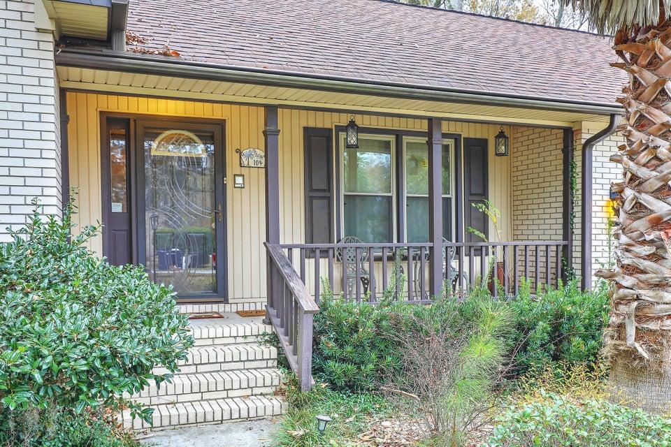 104  Ridgewood Court Summerville, SC 29485