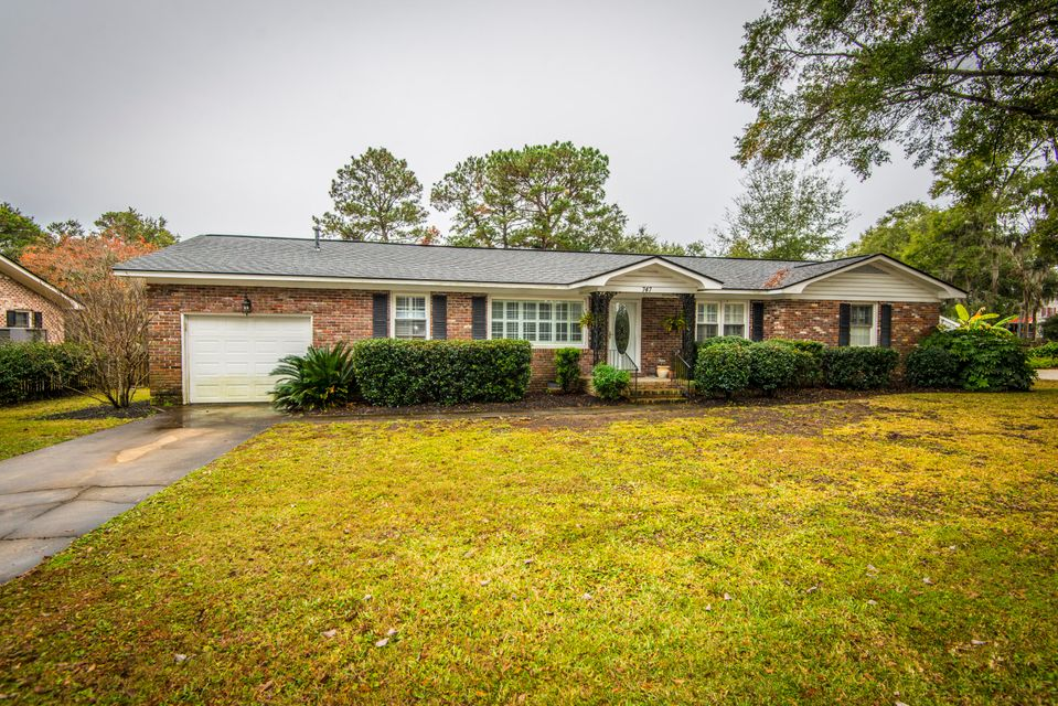 747 Collette Street Charleston, SC 29412