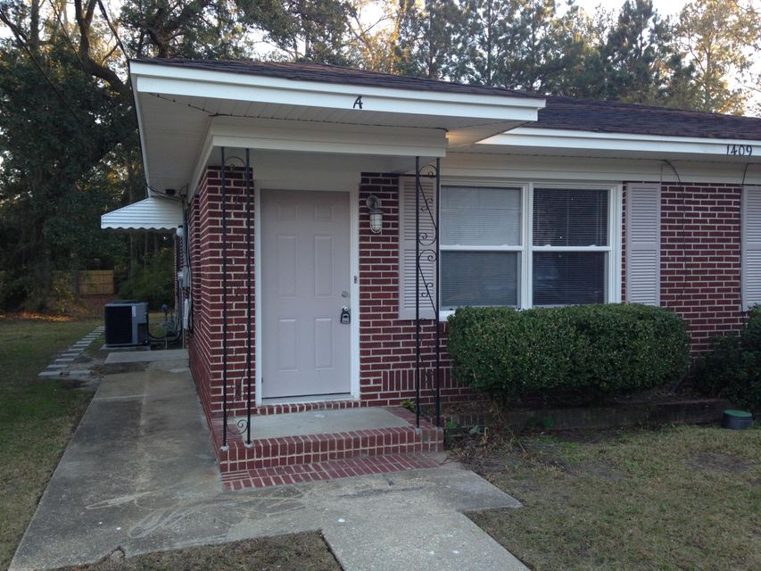 1409  River Front Drive Charleston, SC 29407