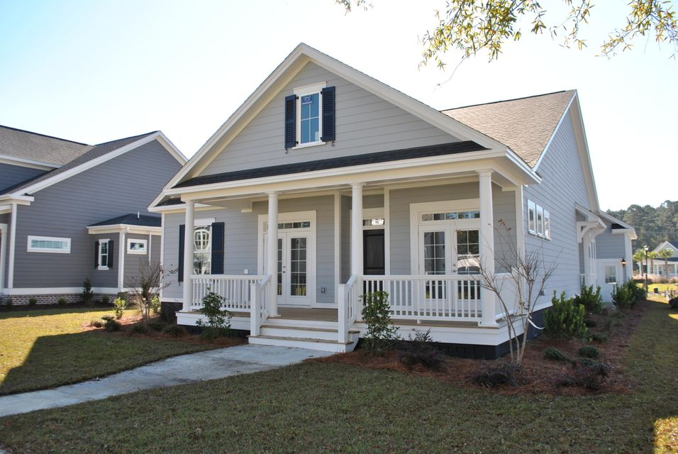 3986  Capensis Lane Ravenel, SC 29470
