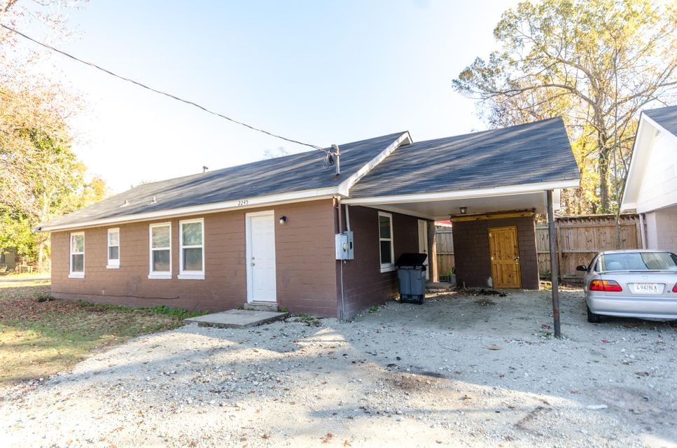 2245  Russelldale Avenue North Charleston, SC 29406