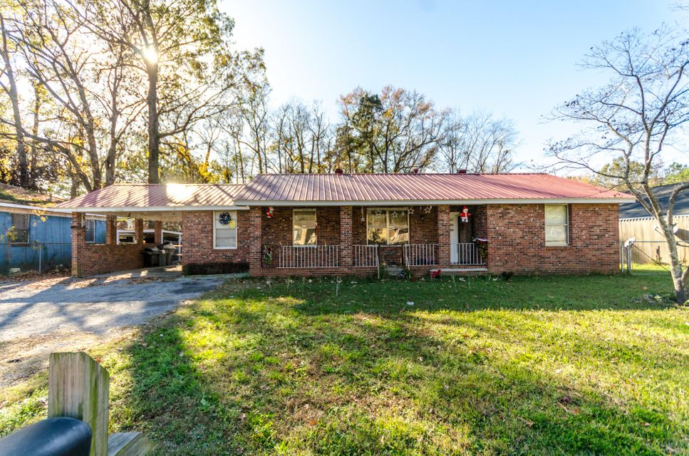 5131  Rockingham Street North Charleston, SC 29406
