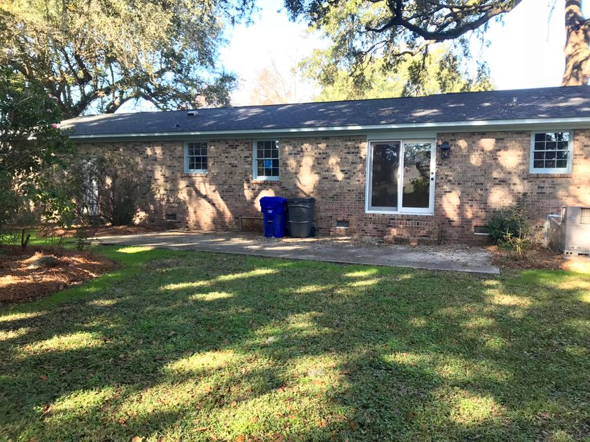 1369 Clearbrook Street North Charleston, SC 29405