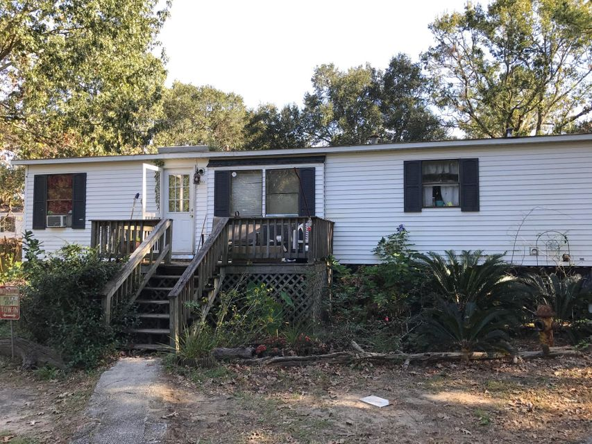 1380 Lieben Road Mount Pleasant, SC 29466