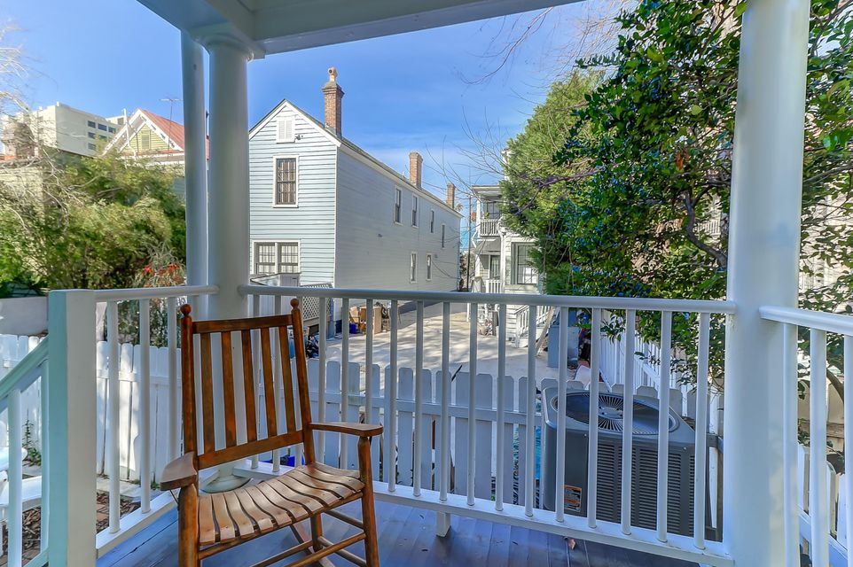 4  Ascot Alley Charleston, SC 29401