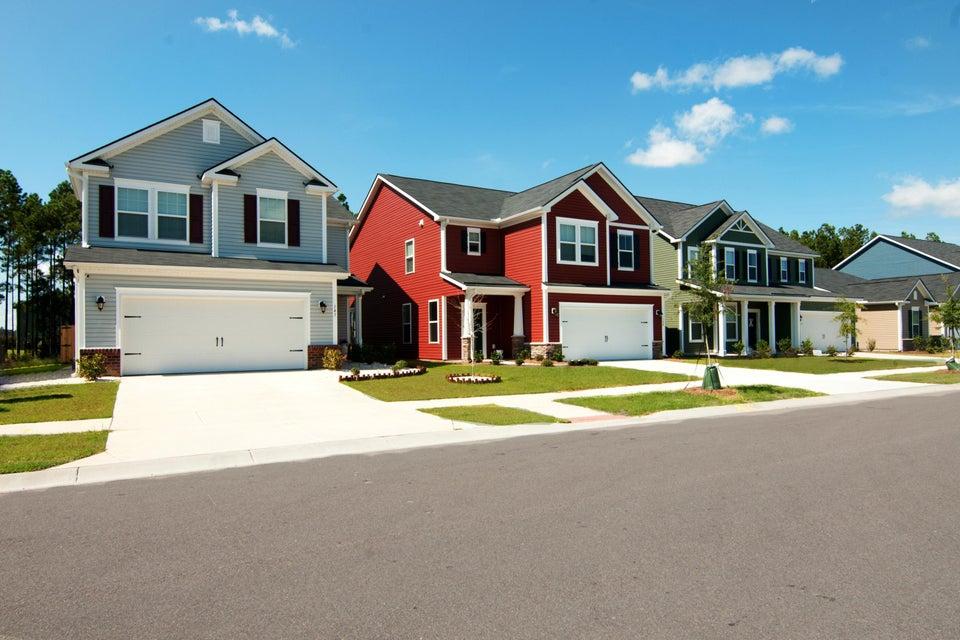 453 Northern Red Oak Drive Summerville, SC 29486