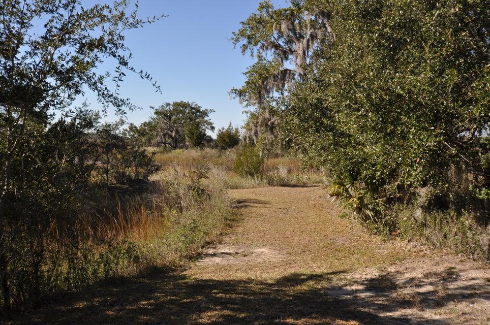 362  Mutual Drive Charleston, SC 29414