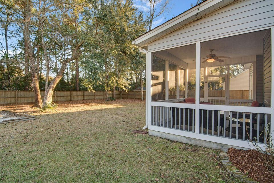 8217  Governors Walk North Charleston, SC 29418