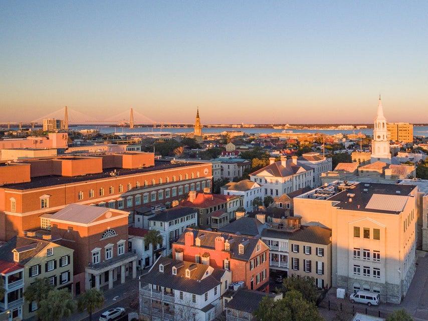 101  King Street Charleston, SC 29401