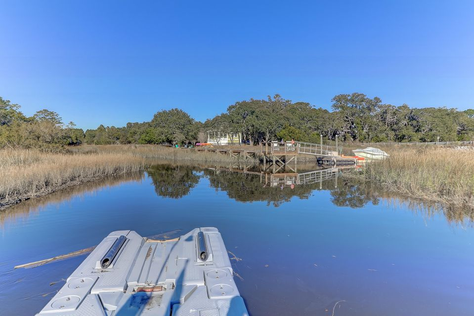 3949 River Road Johns Island, SC 29455