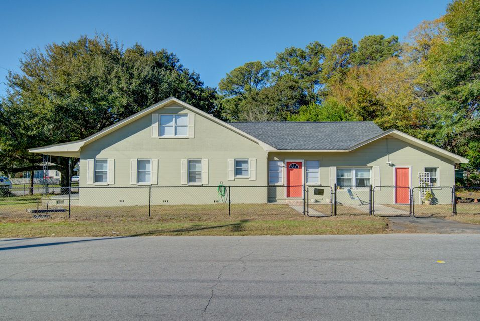 3902  Walnut Street North Charleston, SC 29405