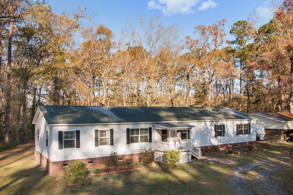 4749  Summit Plantation Road Hollywood, SC 29449
