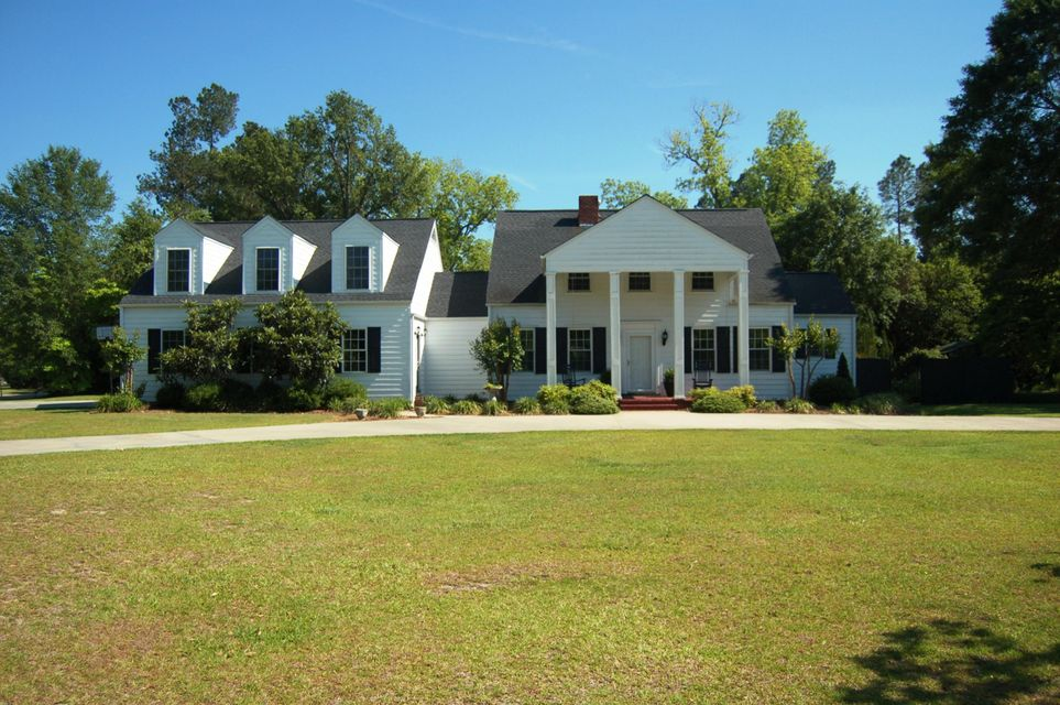 206 Sunset Drive Manning, SC 29102
